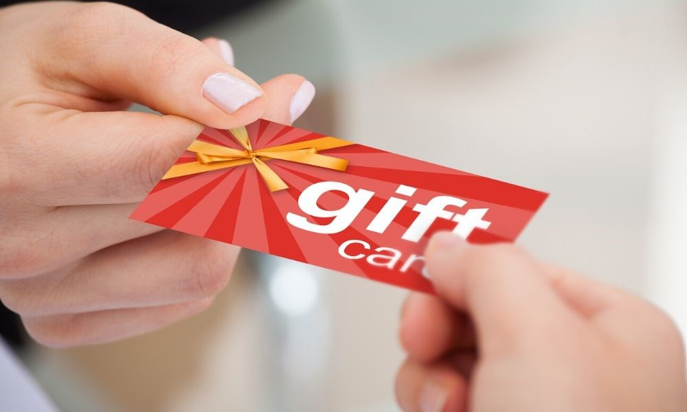 The Benefits of Selling Gift Cards for Your Business