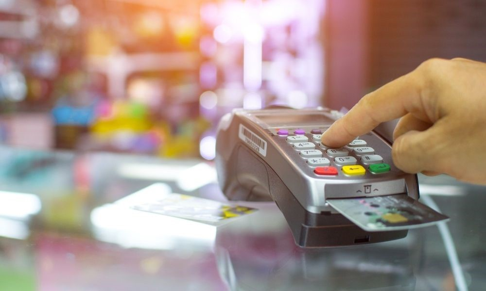 Pros and Cons of Offline Credit Card Processing